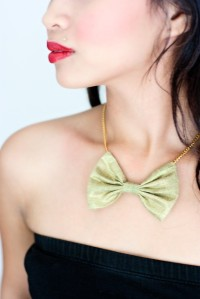 femme bow tie